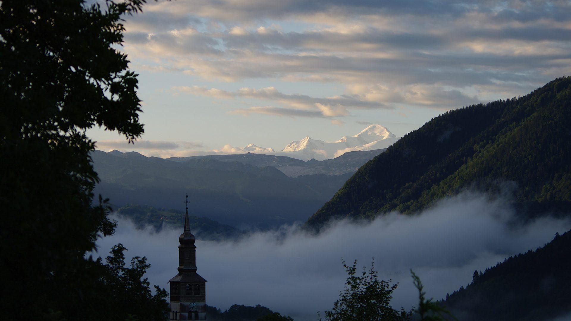 Vue sur le Mont Blanc - Praz de Lys Sommand