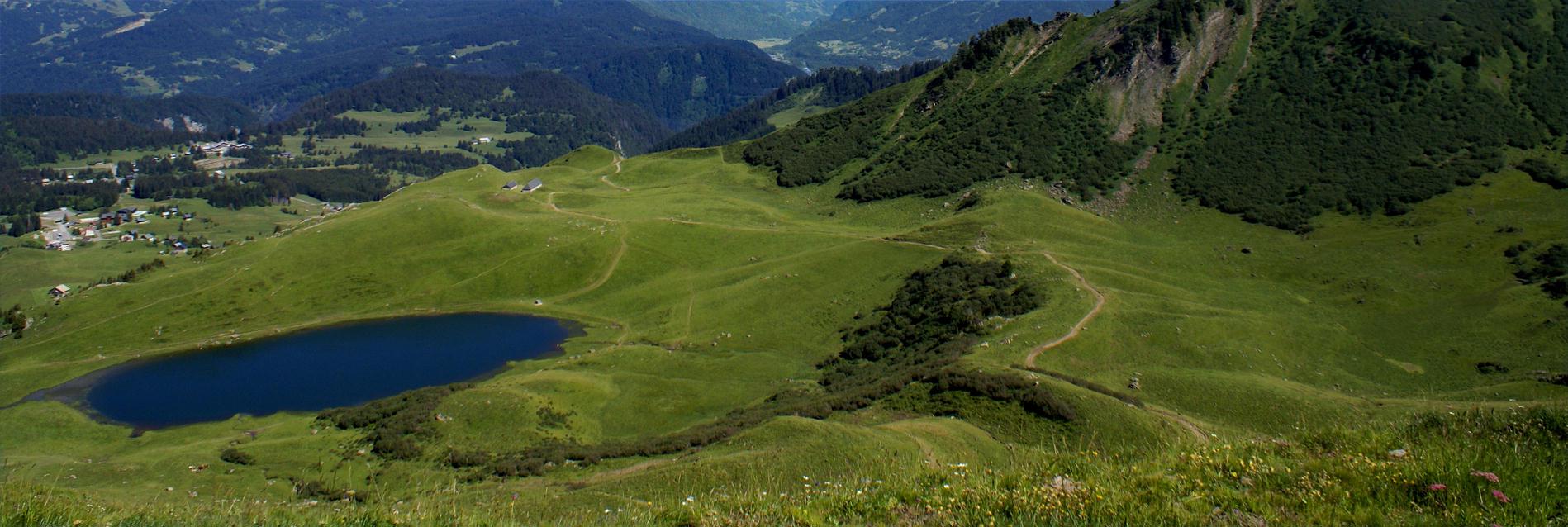 Lac de Roy Praz de Lys Sommand